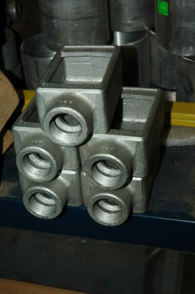 5 Crouse Hinds FS-3 FS3 Outlet Conduit Mall Iron Gang Box 1
