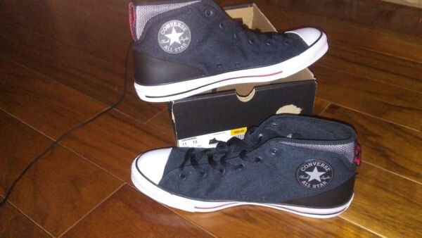 NEW $69 Mens Converse Chuck Taylor All Star Syde Street Mid Shoes, size 13