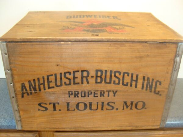 Budweiser Beer Wooden Checkerboard Crate Box With Bottle Cap Checkers