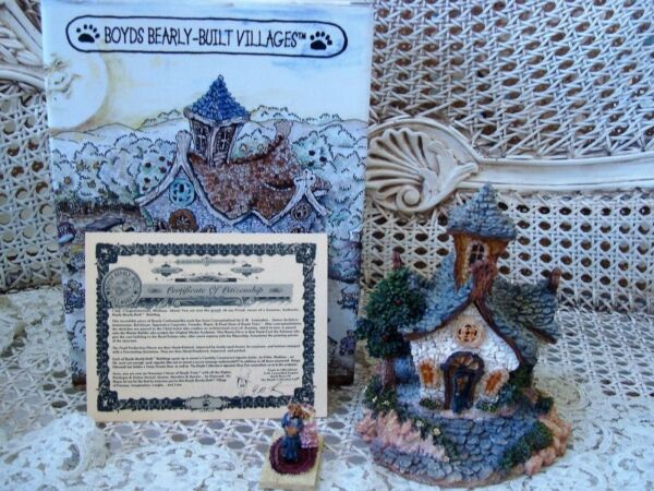 BOYDS CHAPEL IN THE WOODS VILLAGE HOUSE RETIRED NEW IN BOX  *NEW STORE STOCK**
