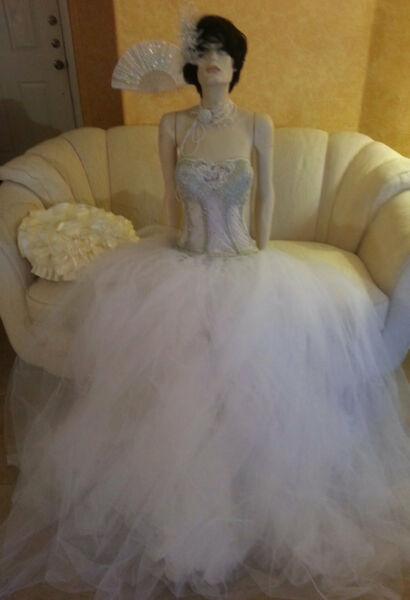 Buy 1 Get 1 FREE 160 PC WHOLESALE LOT OF BRIDAL GOWNSACCESSORIES MANY SIZES