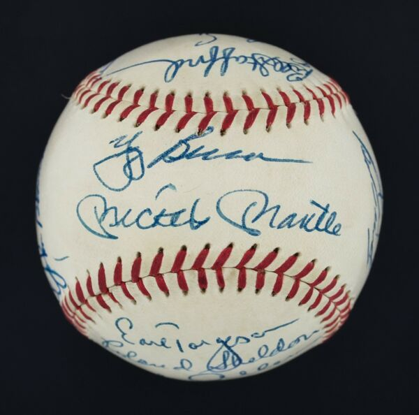 World's Finest 1961 Yankees Team Signed Ball Mickey Mantle Roger Maris PSA 8.5!