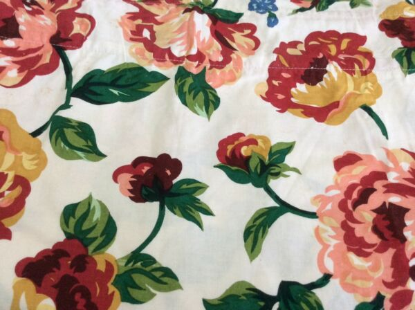 "Valance Cabbage Roses White Shabby Cottage Country EUC Chic 78""W X  16"" L"