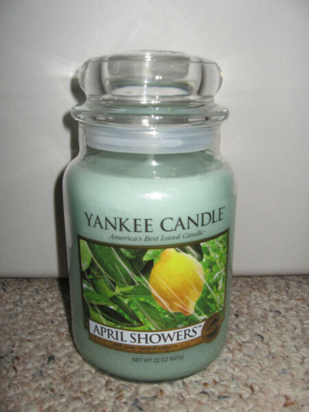 .Yankee Candle APRIL SHOWERS Large Jar 22 oz Candle Spring Rain Fresh Scent