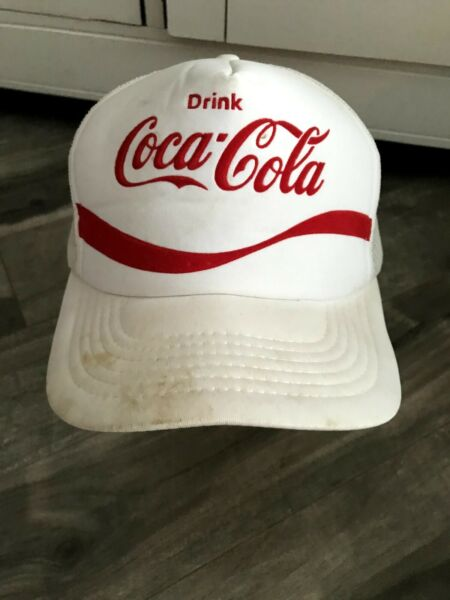 Vintage Drink Coca-Cola Snapback Baseball Cap White with Red Lettering