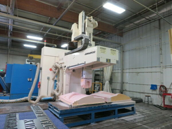JOBS 5 Axis Vertical machining Center new 1997 Jomach 32