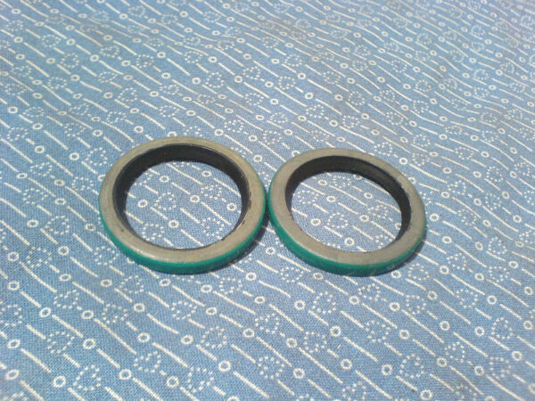 ARIENS SNOW THROWER AUGER SHAFT SEAL. YOU GET 2 OF 05606100  *NEW OEM PART* L-31