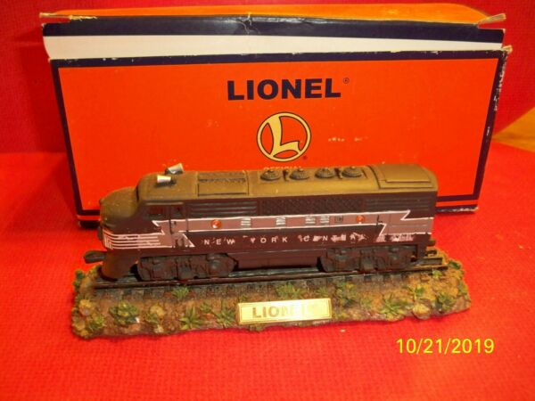 Lionel New York Central model train with box $12.00