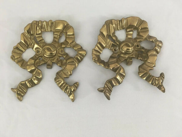 Vtg Set of 2 Solid Brass Screw On Fireplace Christmas Stocking Holders