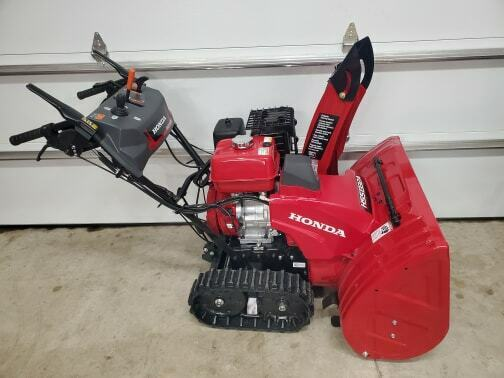 Honda HSS1332AAT 389cc Two-Stage Gas 32 in. Snow Blower LOCAL PICK UP ONLY