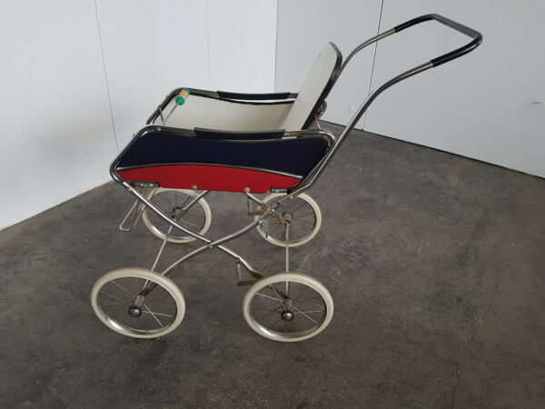 Gescha Pram with Original Label Probably Never Used Foldable 60er Years