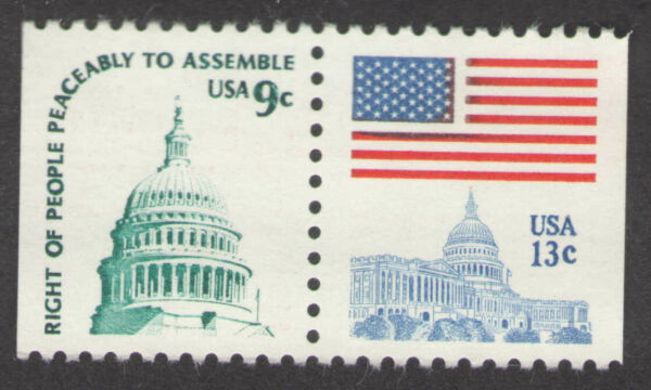 US. 1590 & 1623. Flag and Dome of Capitol. Booklet Horizontal Pair. MNH. 1977