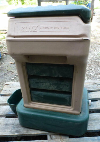 Blitz 11710 Automatic Dog Feeder Waterer pet dry food water dispenser $23.31