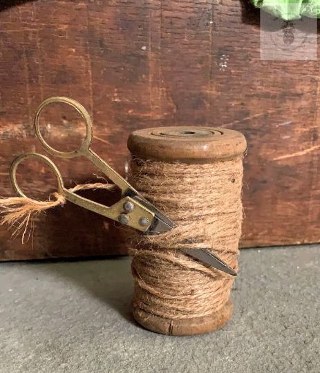 Vintage Rustic Primitive Wooden Industrial Textile Spools with Jute