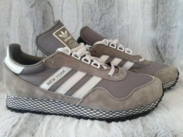 Adidas NEW YORK Mens Shoes Tracar Suede Silver Metallic Retro BY9338 Size 9 New
