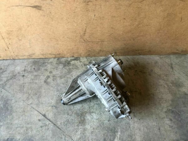 CADILLAC ESCALADE PREMIUM 2007-2014 OEM SUSPENSION CARRIER TRANSFER CASE 96K