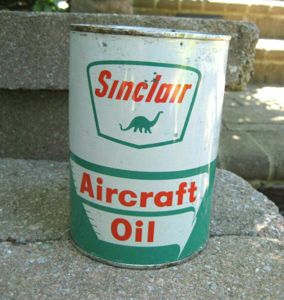 Vintage Sinclair Aircraft 1 Quart Motor Oil Can....Full Unopened..WOW !!!