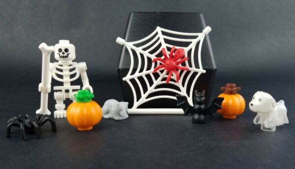 NEW LEGO Halloween Lot with Skeleton Pumpkins Ghost Dog and Spiders $9.95