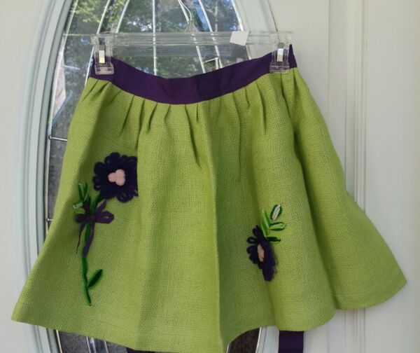 VINTAGE RETRO APRON MUST SEE KITCHEN COLLECTABLE GREEN BURLAP PURPLE FLOWERS