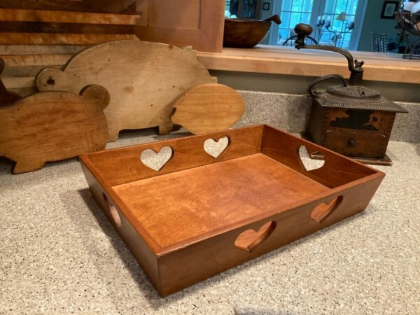 VINTAGE WOODEN SERVING TRAY BOX Heart Shape Handle Cutouts 15.75 x 11.25 x 3