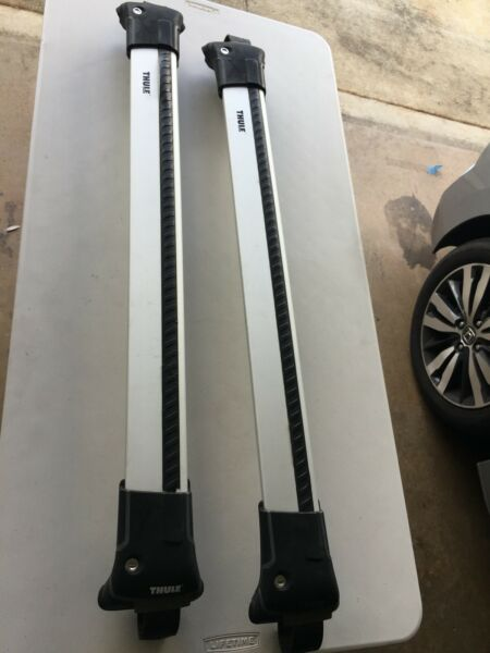 Thule Aeroblade Edge 7501 Roof Rack Rails w Lock $200.00