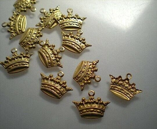 12 small brass crown charms #1