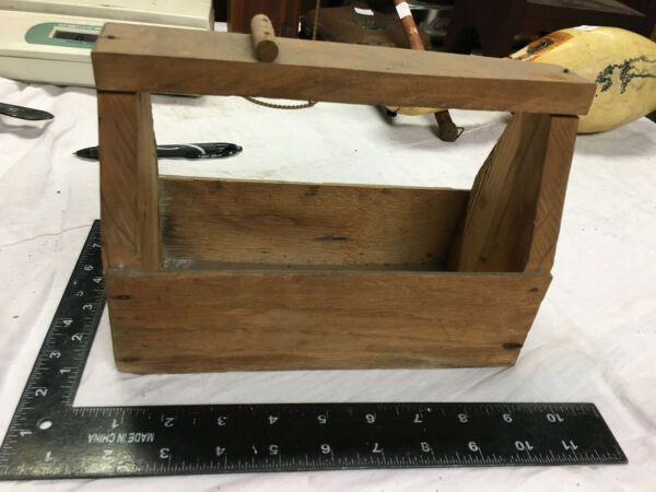SMALL ANTIQUE VINTAGE PRIMITIVE WOODEN TOOL CARRIER TOTE BOX