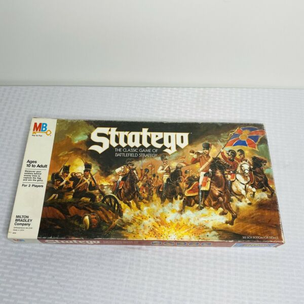 Stratego VINTAGE 1986 The Classic BOARD Game of Battlefield Strategy Complete