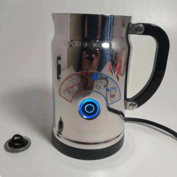 Nespresso Aeroccino Plus 3192 Electric Milk Frother missing lid