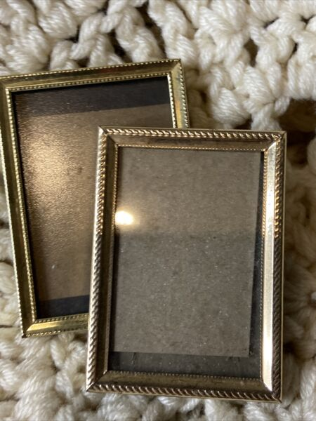 Vintage SET OF 2 SMALL BRASS PHOTO FRAMES Brass Trimmed Picture Frames Nice