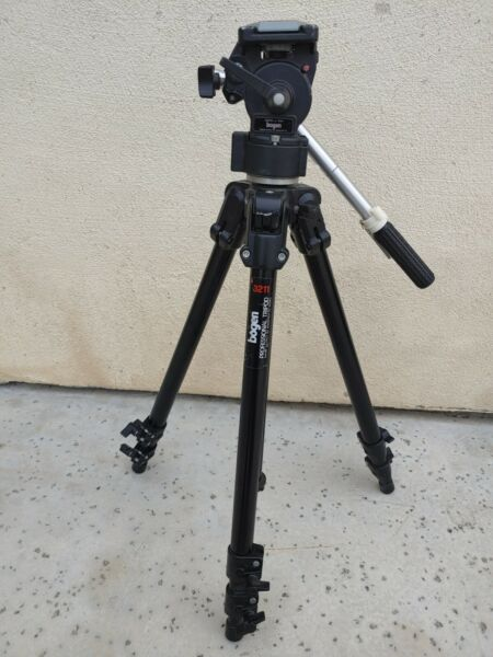 Bogen Manfrotto 3211 Black Professional Tripod with 3063 HEAD 136