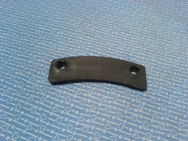 CUB CADET SNOW THROWER CHUTE RETAINING CLIP. 730 0851A NEW OEM PART G 18