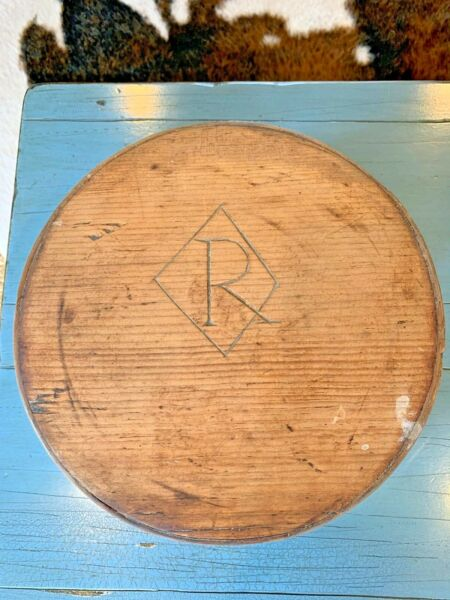 Early 19th Century Antique Pantry Box Grain Measure 10quot; Wooden W Lovely Cipher