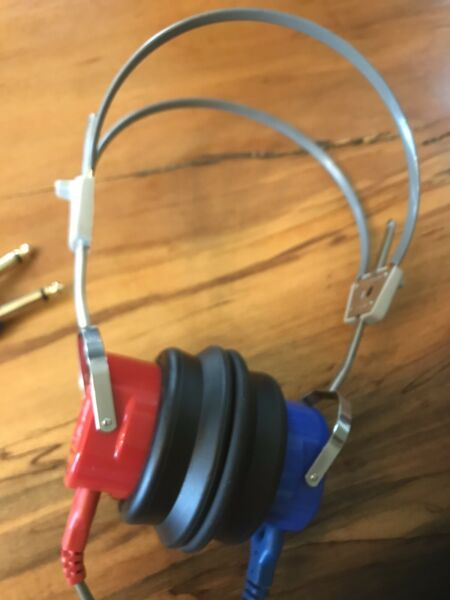 Maico TDH 39P Audiometer Headphones Tested In Good Working Condition