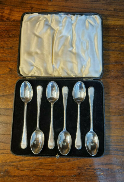 Antique Boxed Set 6 #x27;Feather Edge#x27; Silver Plated Teaspoons by Dixon Sheffield