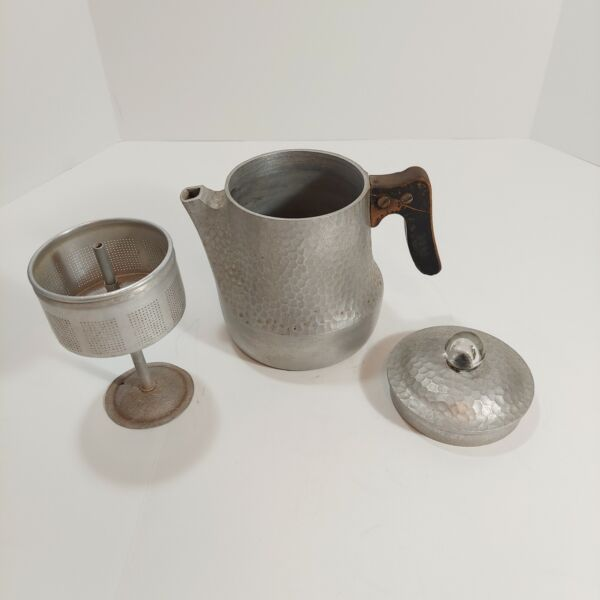 Vintage WAGNER WARE Sidney Hammered Aluminum 9 Cup Coffee Percolator 3192