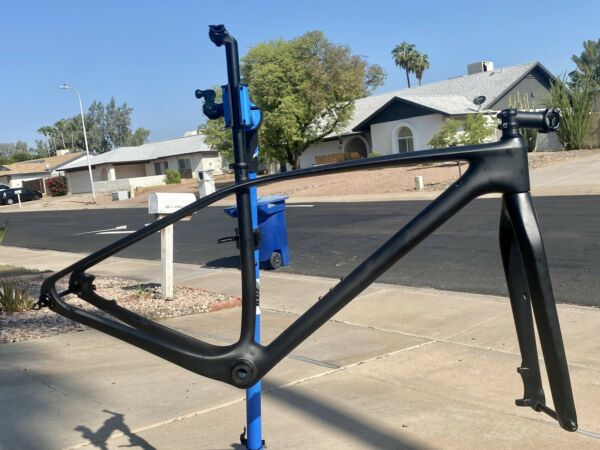 sp cycles carbon fiber mountain bike frame set with extras $350.00