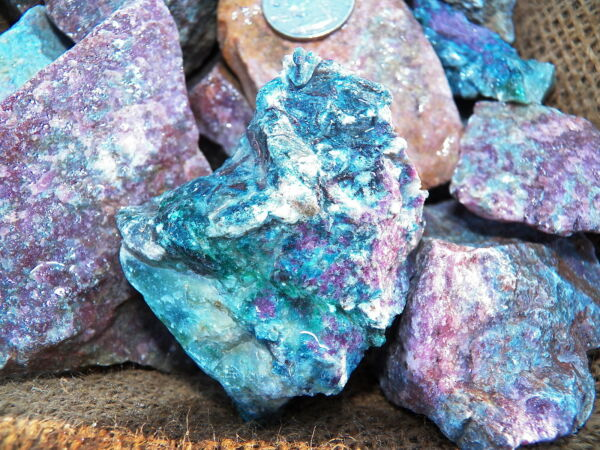 2000 Carat Lots of Ruby Sapphire Rough Plus a FREE Faceted Gemstone