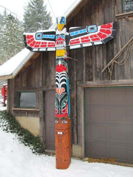 Totem Poles and hand carved wooden art