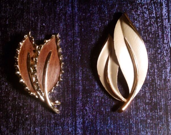 Two Vintage Brooches- Sarah Cov For Sarah Coventry - Modernist Leave Design