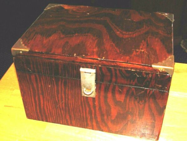Handmade Oak Square Finish Wood FileStorage Box Lock-Lid 1965 made by A RareCat