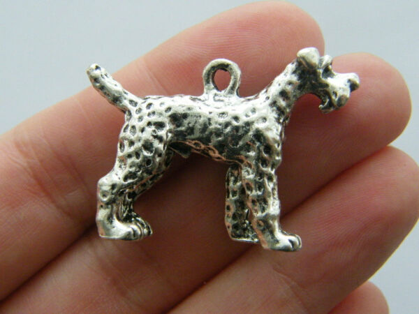2 Dog charms antique silver tone A798 GBP 1.95