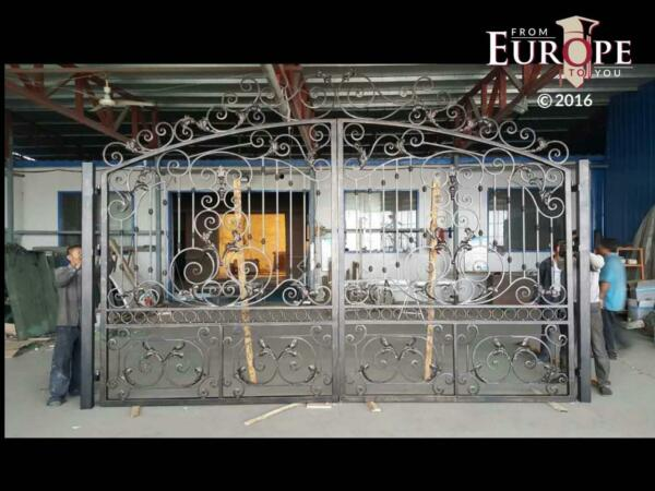 BEAUTIFUL CAST - WROUGHT IRON HAND MADE 18'  ESTATE DRIVEWAY GATES - ORGG1