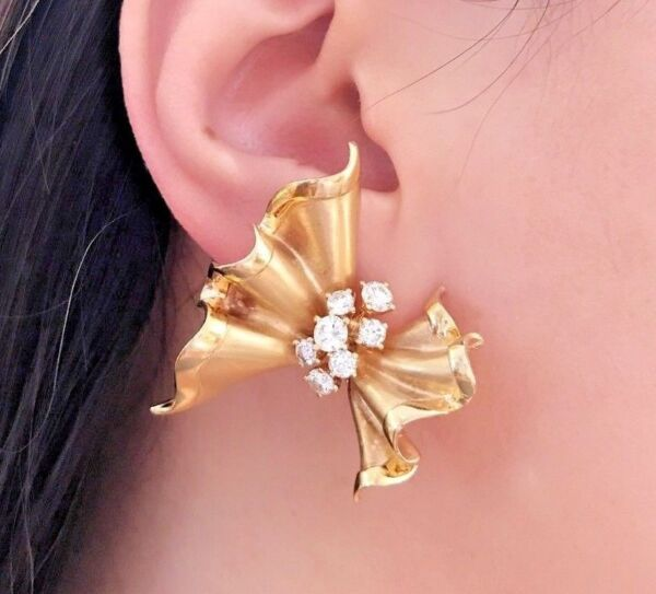 1.40 ct Ruffled Bow Diamond Earrings in 18k Yellow Gold -Italian -- HM1862SN