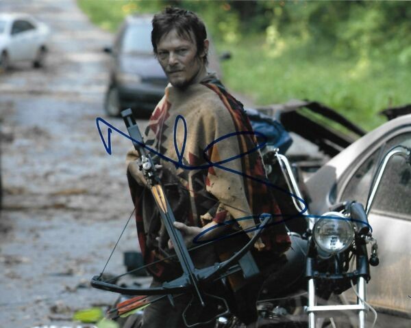 Norman Reedus REAL hand SIGNED 8x10