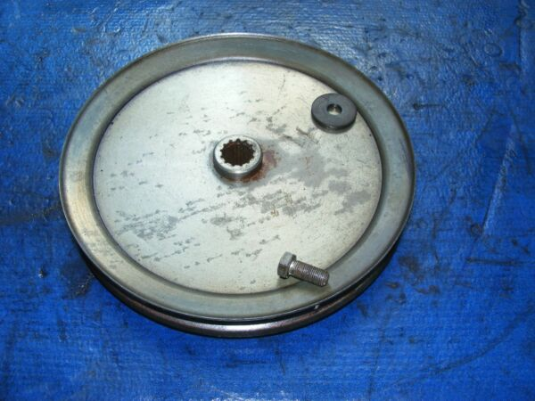 Craftsman GT 46quot; SNOW BLOWER THROWER ATACHMENT LARGE CENTER DRIVE PULLEY 9quot; inch