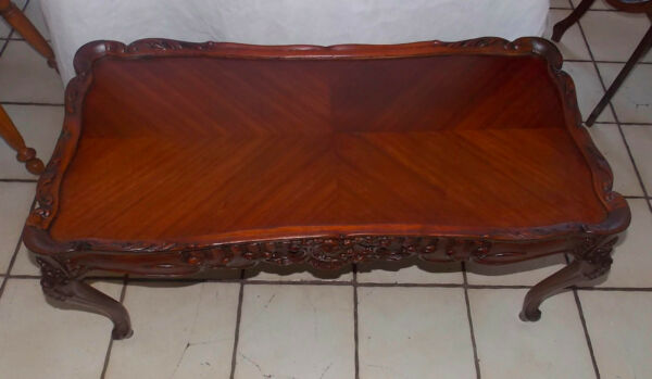 Ribbon Mahogany Book Matched Veneer Top Carved Coffee Table  (CT95)