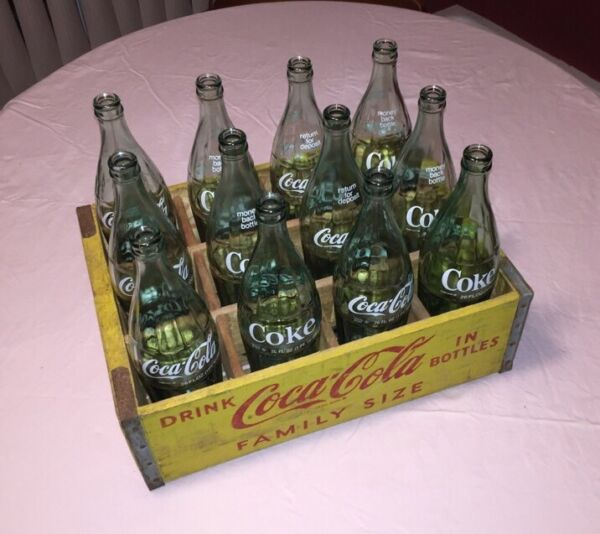 1968 Complete Vintage Yellow Wooden Coca Cola 26oz Family Size Crate EXC COND!