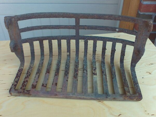 antique fireplace cast iron grate 4 hooks 17 34 apart OD  16 34 ID 1800's