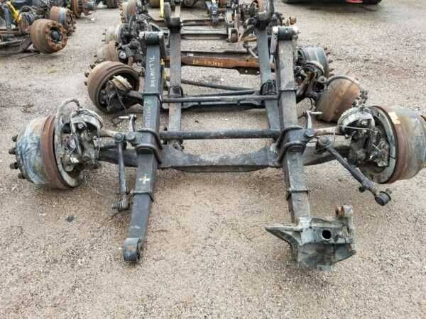 2006  MACK CV713  CARRIER  AXLE ASSEMBLY DIFFERENTAL BEAM (FRONT)